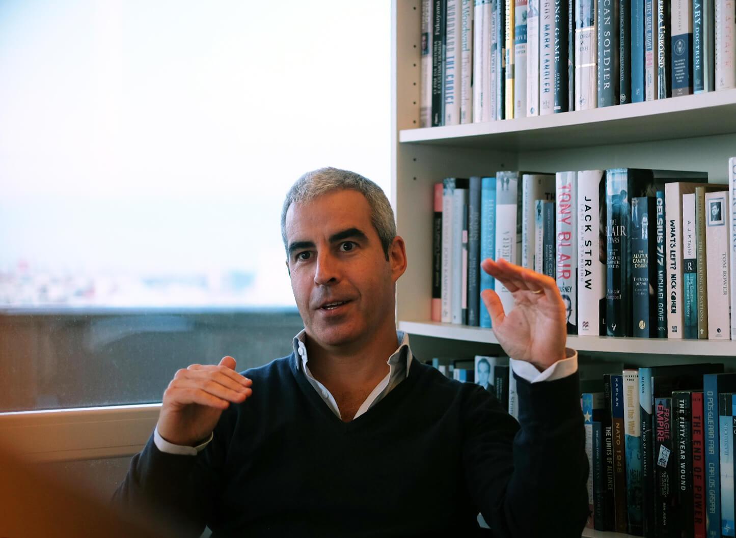 """Entrevista. Bernardo Pires de Lima: """"Na Europa vivemos entre o comportamento digital dos EUA e a vigilância chinesa"""""""
