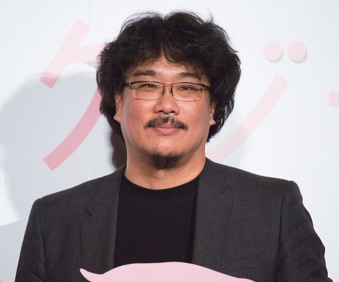 """Bong Joon-ho, realizador de """"Parasitas"""", está a desenvolver dois filmes"""