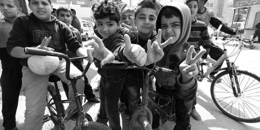 'Kids of Jenin Camp': crescer refugiado na Palestina