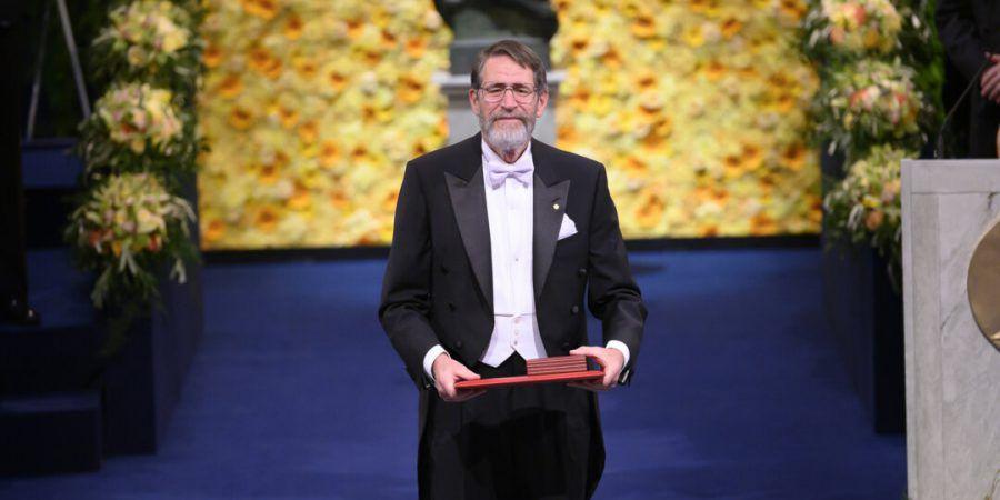 Prémio Nobel da Química George P. Smith marca presença na iMed Conference, uma das mais prestigiadas conferências de medicina do país