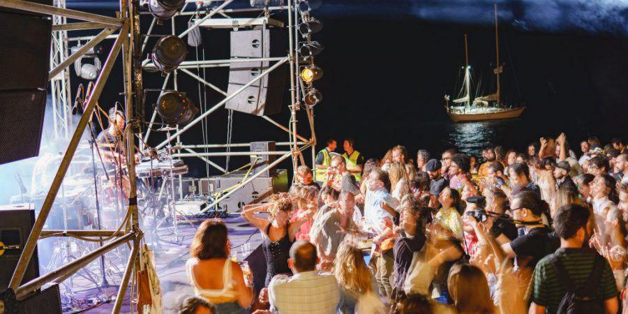Aleste: na ilha da Madeira há uma grande festa de amigos aberta a todos