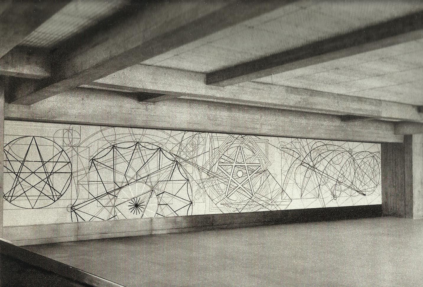 """Resultado de imagem para """"Começar"""", 1968/1969, desenho inciso na parede do átrio"""