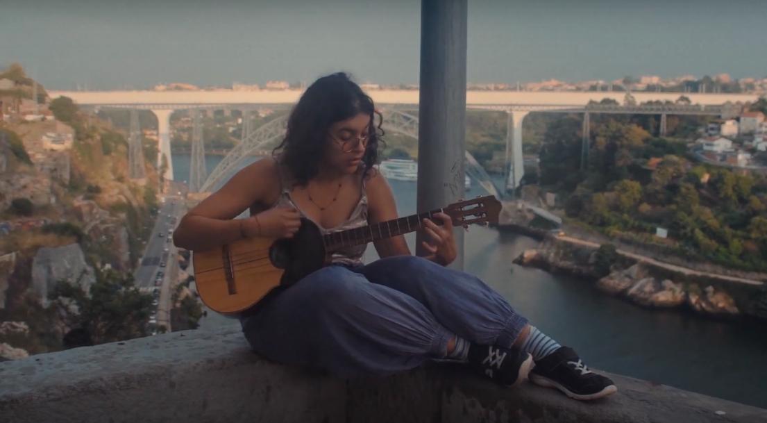 """CLAV Live Session: Arianna Casellas estreia o EP """"Concepto de Madre"""""""