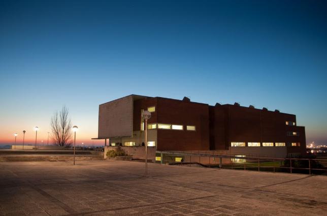 Biblioteca da Universidade de Aveiro reabre com novo horário: 24 horas por dia e 7 dias por semana