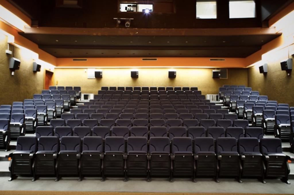 Número de espectadores surpreende na reabertura do Cinema Medeia Nimas
