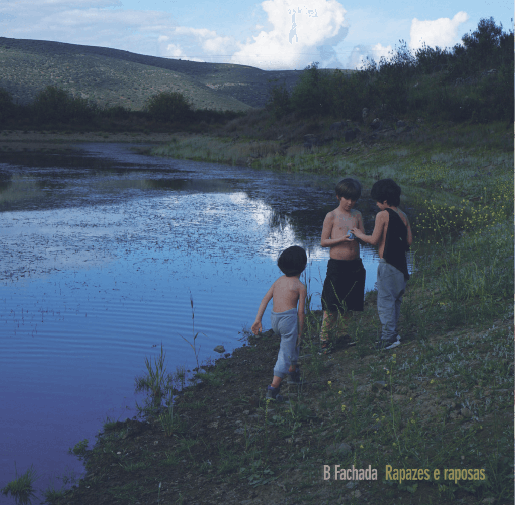 """B Fachada lança """"Rapazes e Raposas"""". O novo disco do artista já pode ser ouvido"""