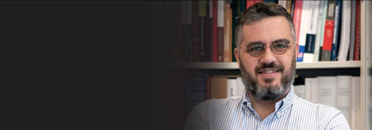 """Entrevista. Marco Ribeiro Henriques: """"Há pessoas presas que trabalham sete a oito horas por dia e recebem 60€ por mês"""""""