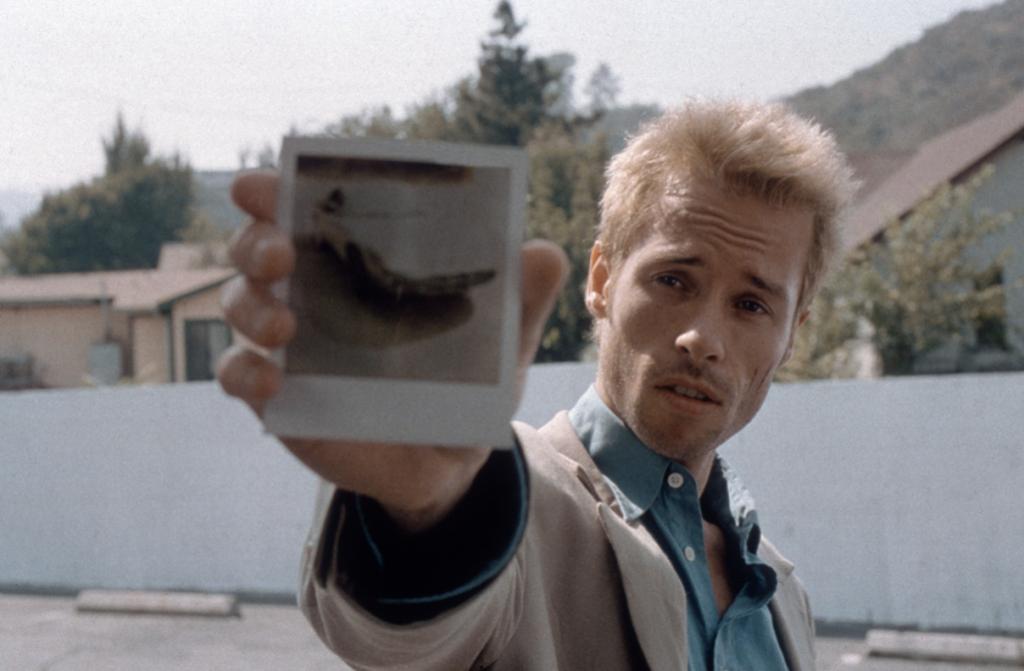 """#41 Essenciais do Cinema. """"Memento"""", de Christopher Nolan"""