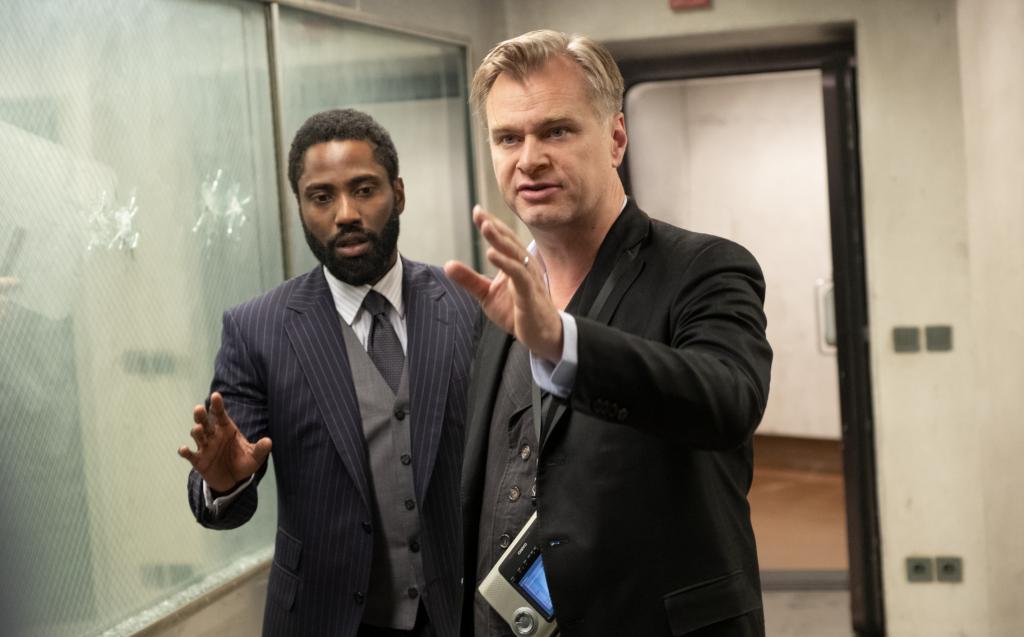Nolan crítica Warner Bros por lançar ao mesmo tempo todos os filmes de 2021 nos cinemas e em streaming