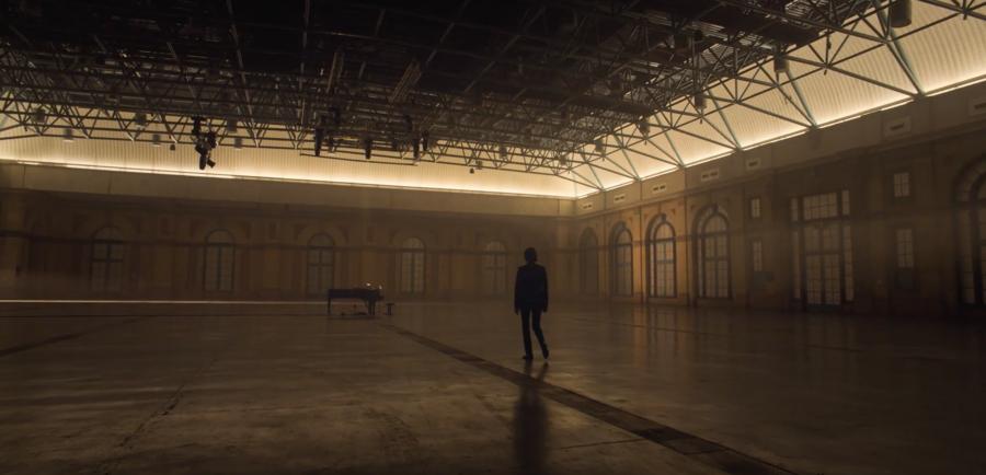 """Filme-concerto """"Idiot Prayer"""", de Nick Cave, é exibido nos cinemas portugueses"""