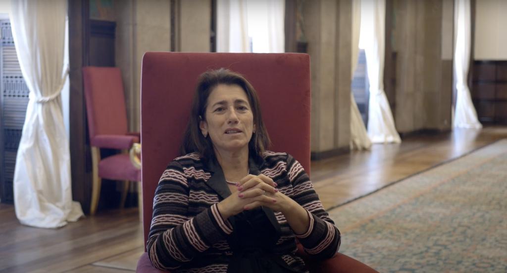 """Entrevista. Constança Urbano de Sousa: """"A Europa tem a obrigação jurídica e moral de acolher e proteger os emigrantes e refugiados"""""""