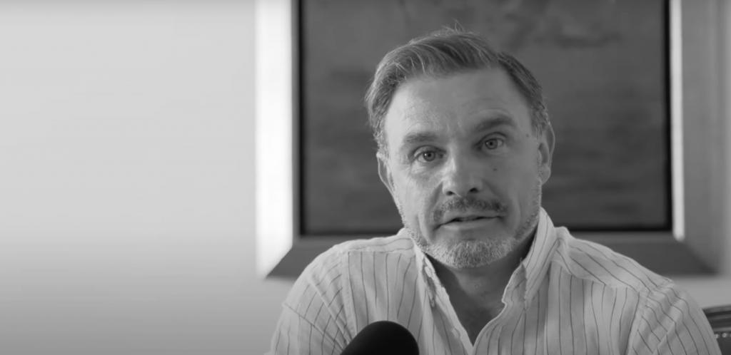 """Entrevista. Paulo Silva: """"Estamos a caminhar para a distopia do Admirável Mundo Novo"""""""