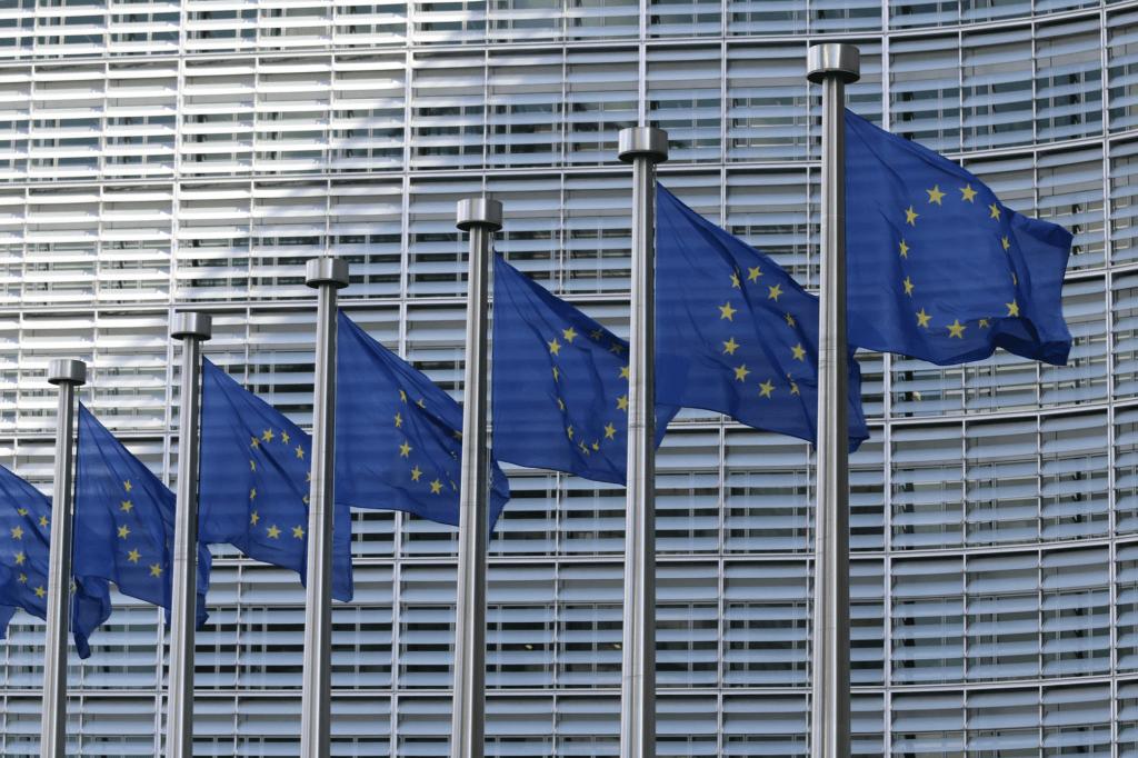"""Comissão Europeia propõe """"Certificado Verde Digital"""" para facilitar movimento de cidadãos na UE durante a pandemia da covid-19"""