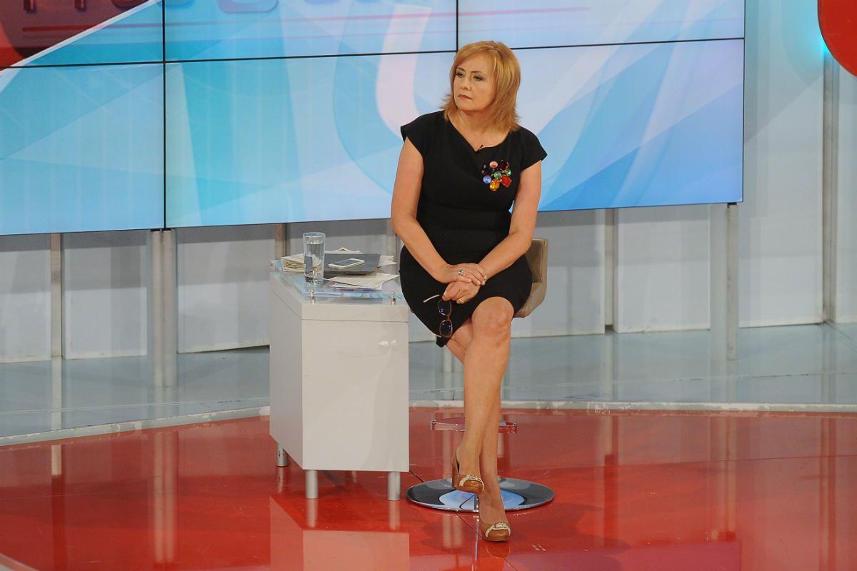 """Programa """"Prós e Contras"""" acaba em Setembro e Fátima Campos Ferreira terá novo desafio na RTP"""