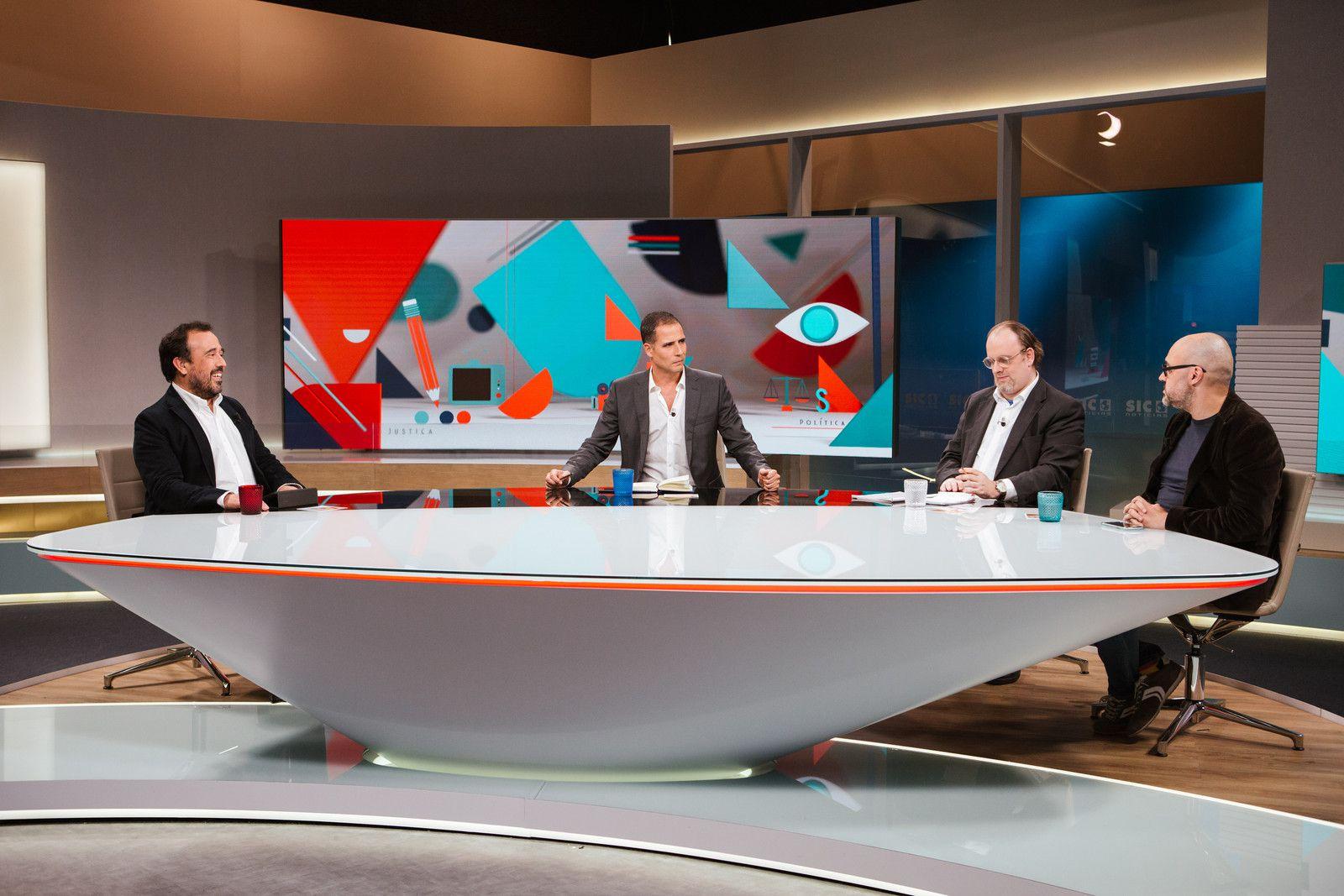 """Programação da TVI supera """"Governo Sombra"""" da SIC"""