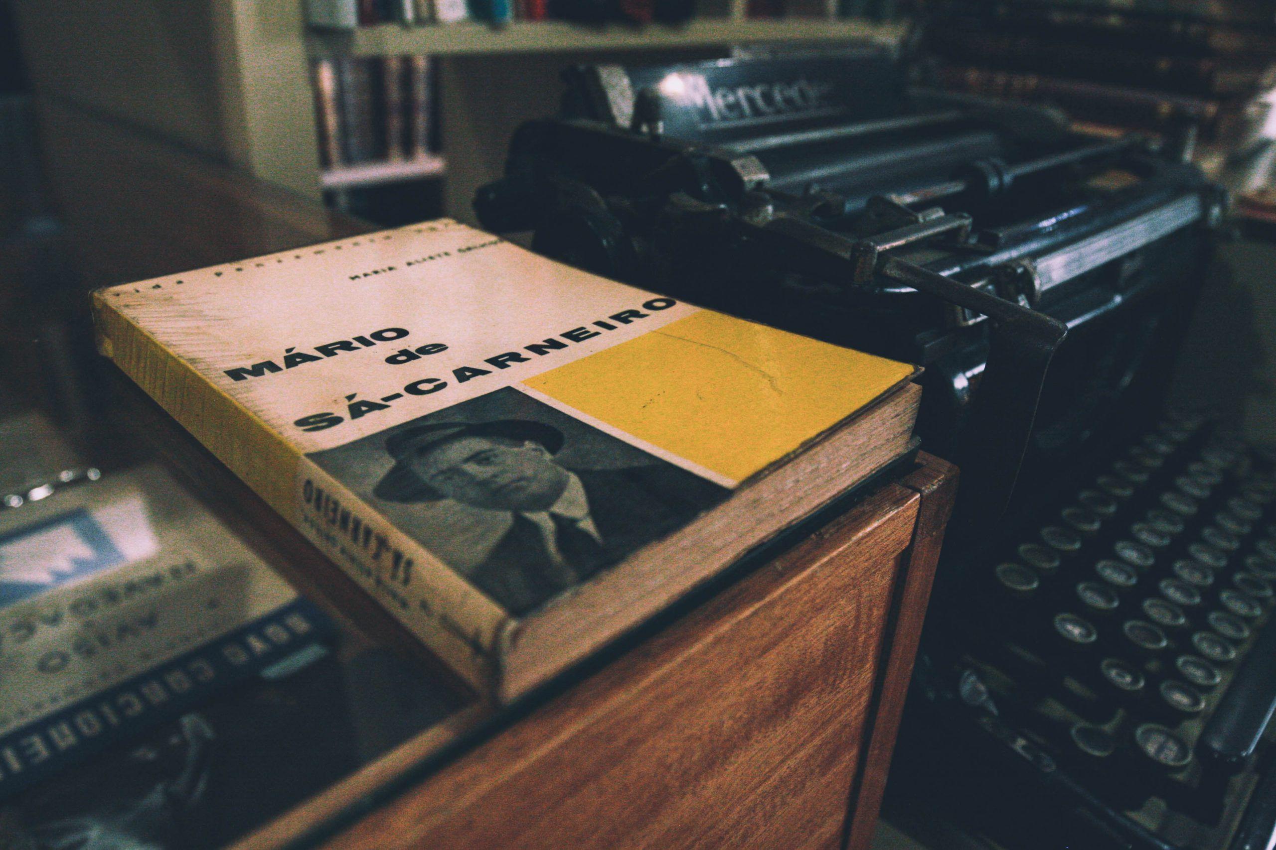 'Mário de Sá-Carneiro', biografia rara, de 1963 (passatempo)