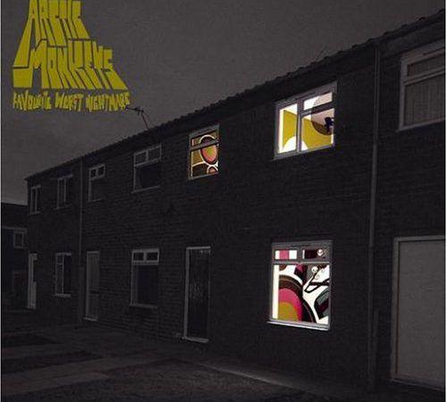 "14 anos de ""Favourite Worst Nightmare"", dos Arctic Monkeys"