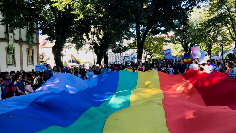 Faz hoje 9 anos que entrou em vigor em Portugal a lei do casamento entre pessoas do mesmo sexo