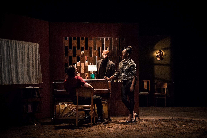 """Teatro. """"O Silêncio e o Medo"""", criação de David Geselson a partir da vida de Nina Simone, estreia na sala online do D. Maria II"""