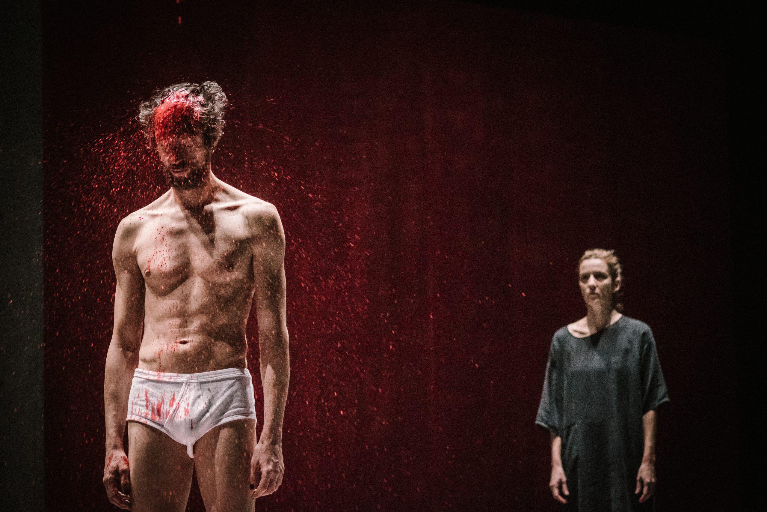 """Nova encenação de Marco Martins, """"Perfil Perdido"""", junta actriz Beatriz Batarda e bailarino Romeu Runa"""