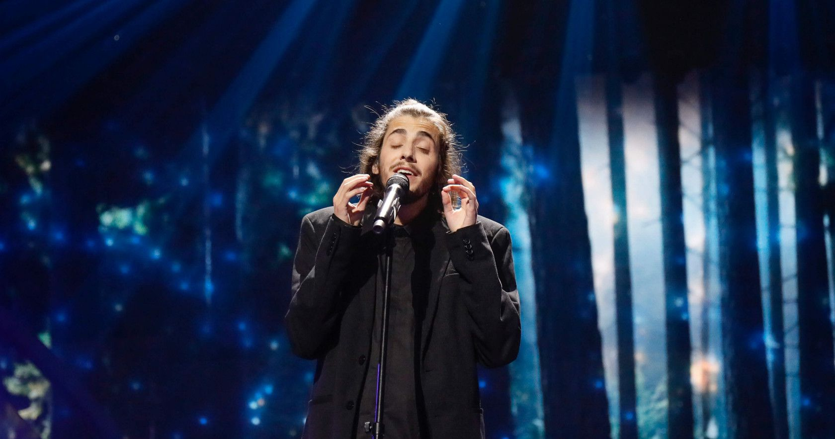"""Salvador Sobral vai aparecer em """"Eurovision"""", filme de Will Ferrell para a Netflix"""