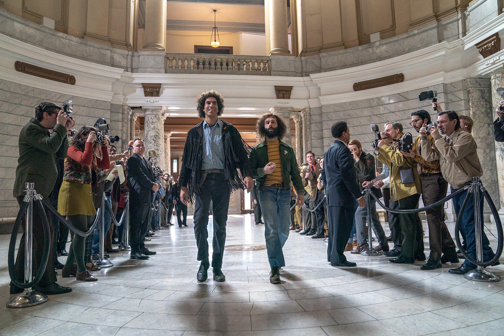 """""""The Trial of the Chicago 7"""": o melhor elenco do ano (para já) num empolgante drama legal"""