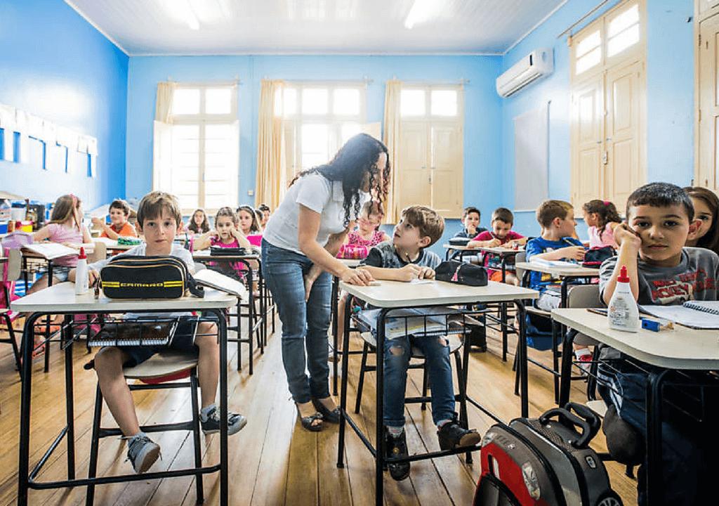 José Pacheco sobre Educação: 'Reprovar alunos não resolve nada'