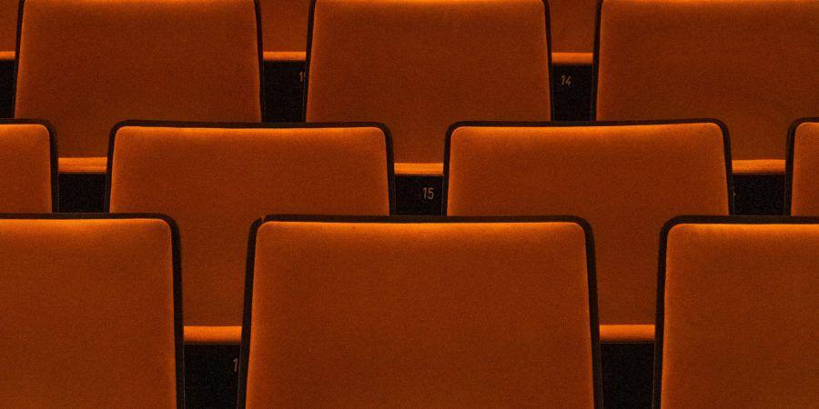 Cinema. Distribuidoras pedem adiamento da reabertura de salas