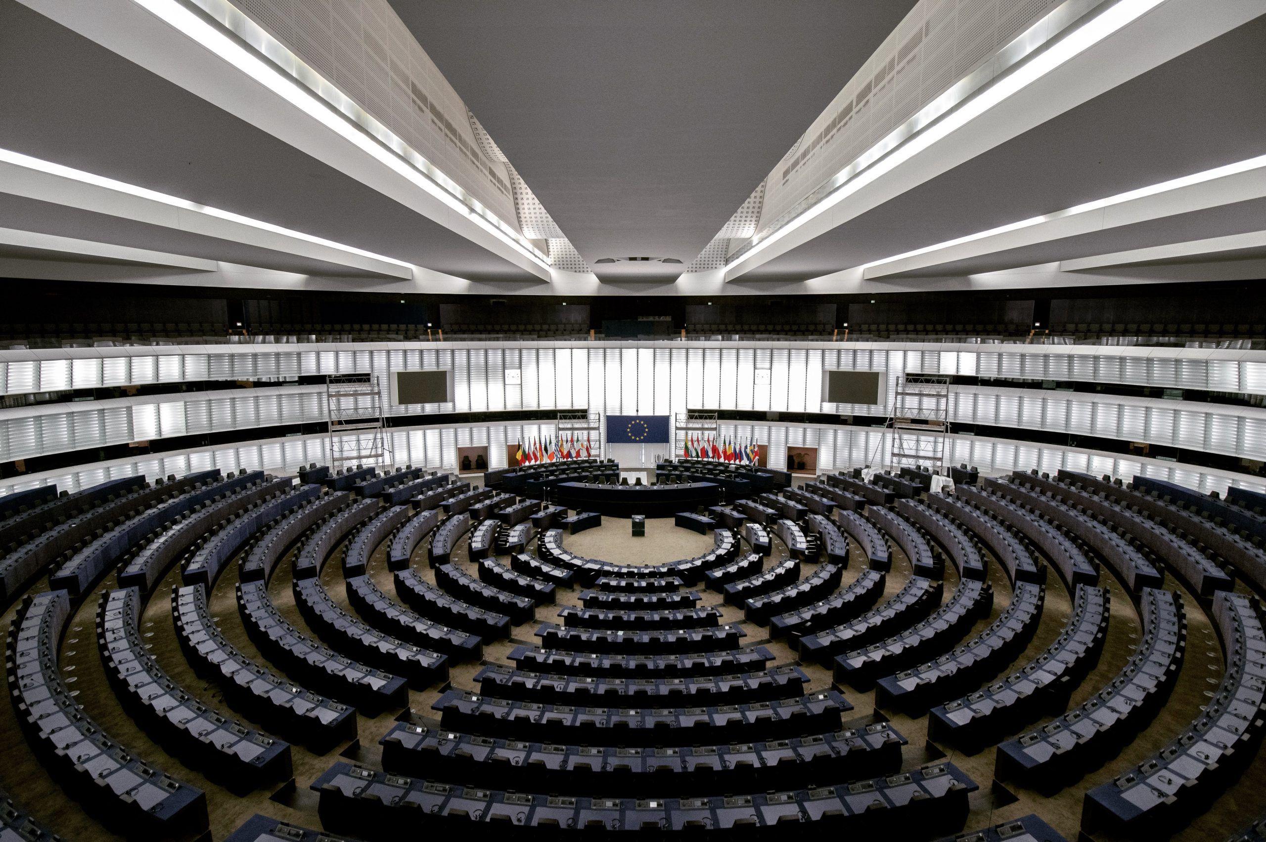 Década Digital da Europa. Comissão Europeia traça caminho para Europa proficiente no domínio digital até 2030