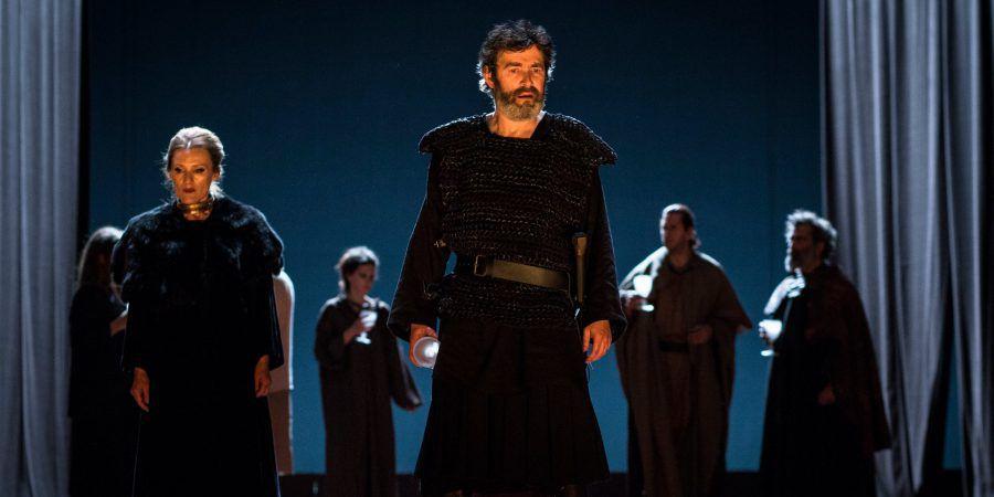 Três peças de teatro para veres online este fim de semana