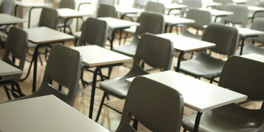 Educação. Internet vai ser reforçada nas escolas portuguesas e vão ser entregues 260 mil computadores