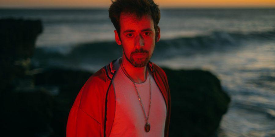 """Pedro de Tróia dá a conhecer """"Gosto Tanto de Ti"""" e novo disco, """"Tinha de Ser Assim"""", sai este ano"""