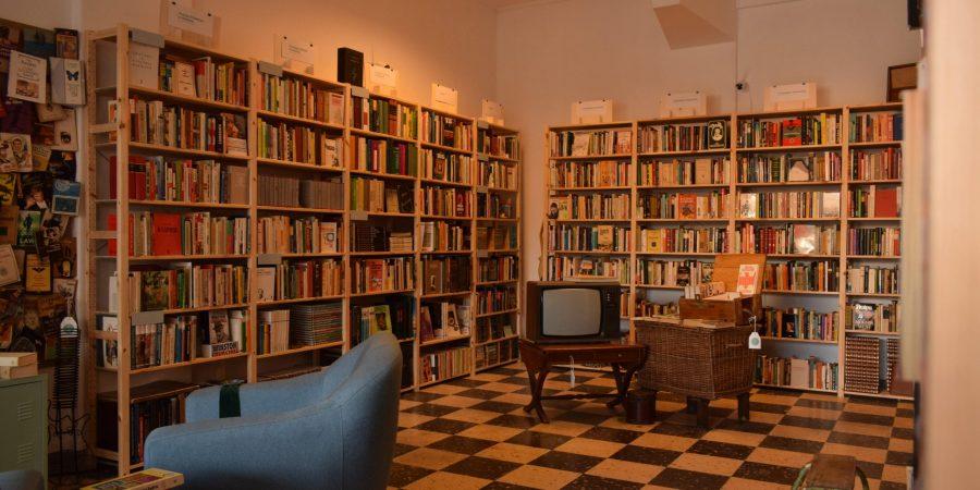 Stuff Out abre livraria com 3000 livros e mantém loja online onde vende livros em segunda mão para todo o país
