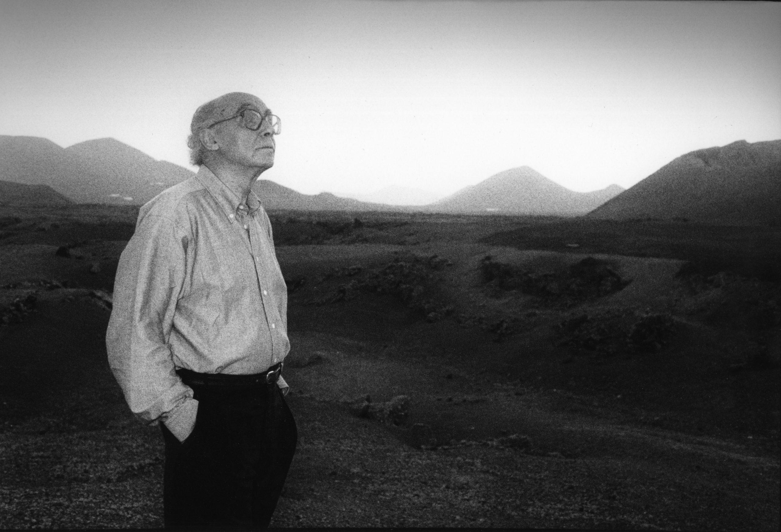 """RTP2 exibe """"A Jangada de Pedra"""", filme que adapta livro homónimo de José Saramago"""