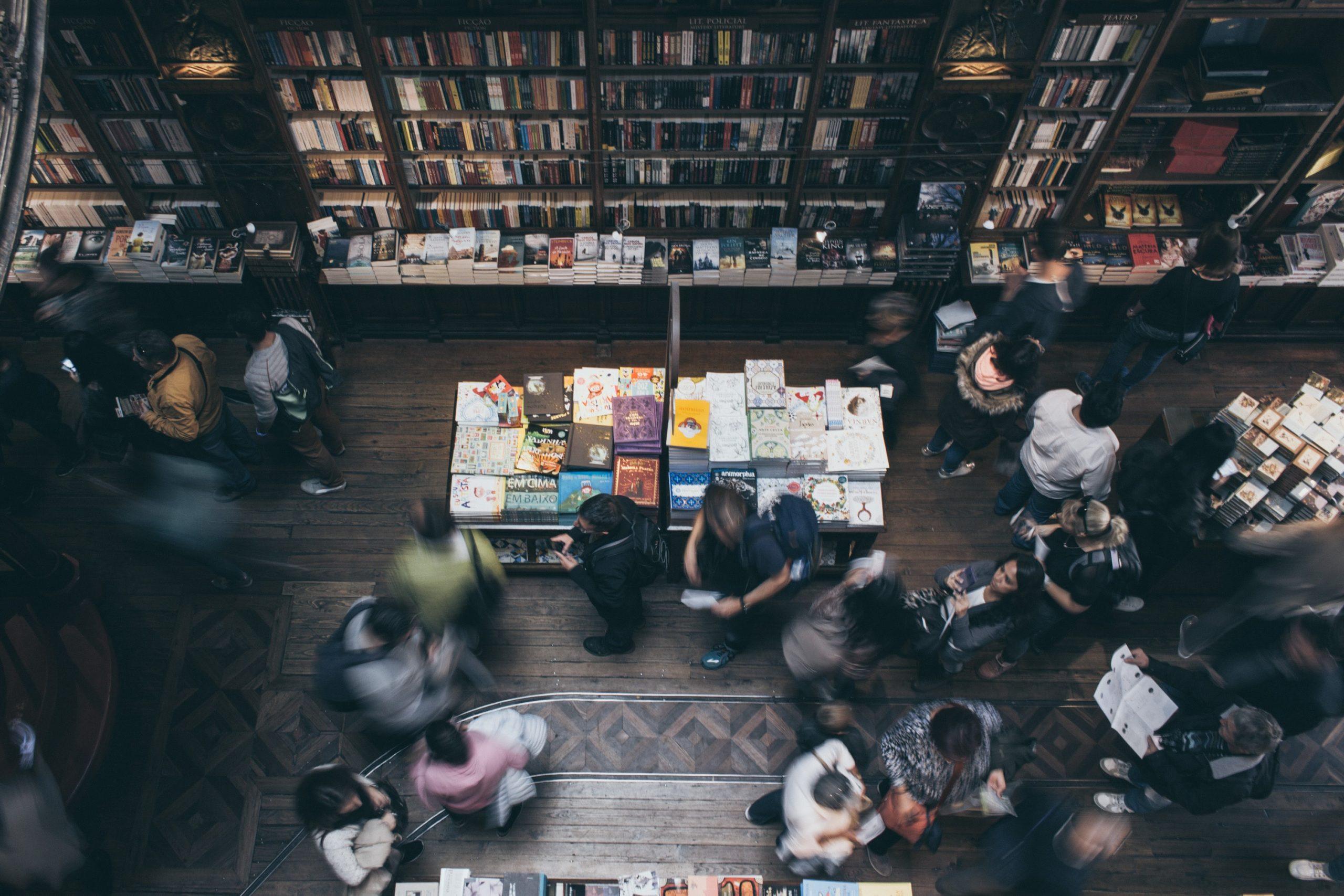 Livraria Lello pede prescrição de livros para promover saúde mental